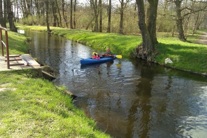 5. Spływ kajakiem. Rzeka Liśnica ul. Krakowska w Białogardzie