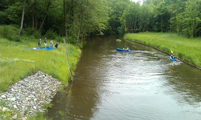 9. Spływ kajakiem. Wodowanie Osówko rzeka Parsęta